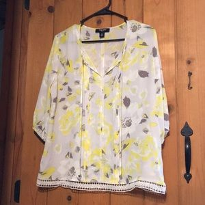 Nine West Gray & Yellow Floral Blouse